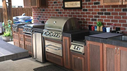 Southern Comfort Style Outdoor Kitchen
