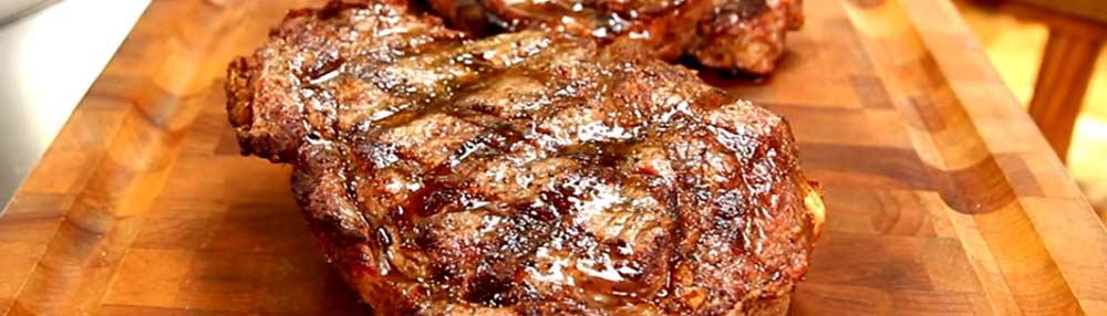 Steak on the Blaze Kamado