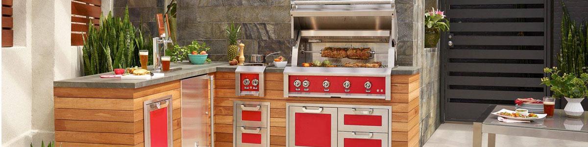 Hestan outdoor kitchen with matador signature colors