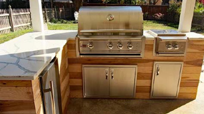 Outdoor Kitchen As Seen on DIY Network